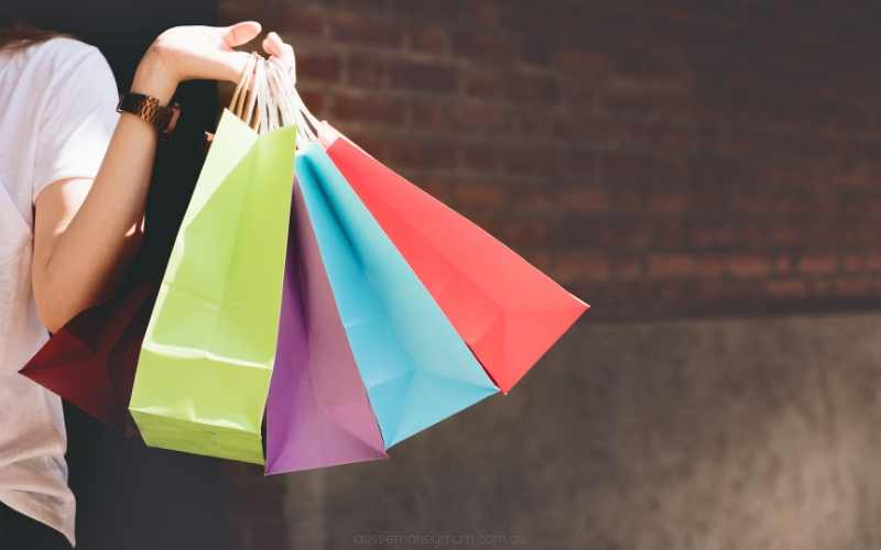 7 Mystery Shopping Companies in Australia That'll Pay You to Shop!